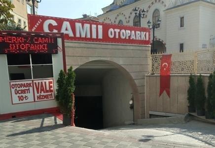 Merkez Camii Otoparkı