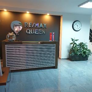 Remax Queen
